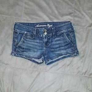 American Eagle womens 0 blue jean shorts